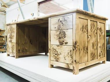 Escott Desk